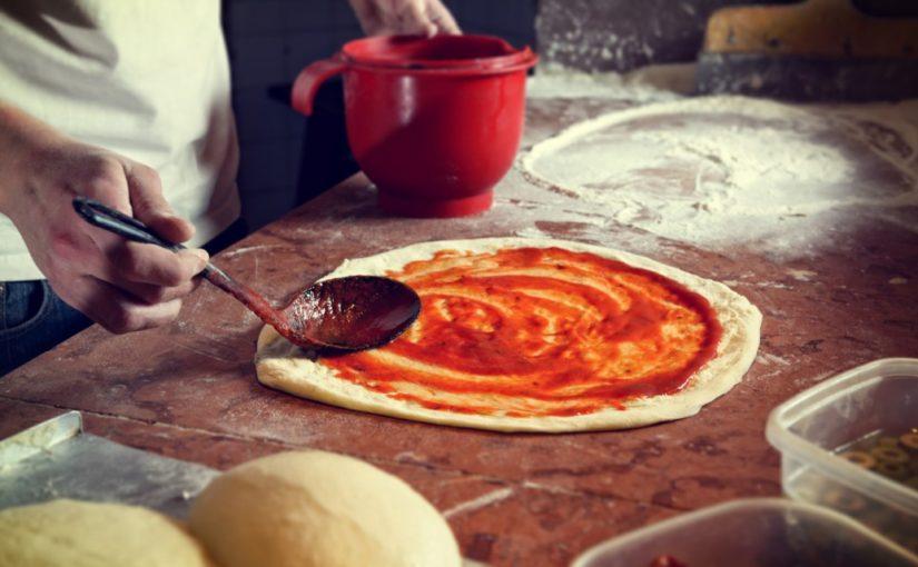 przepis na pizze na cienkim cieście
